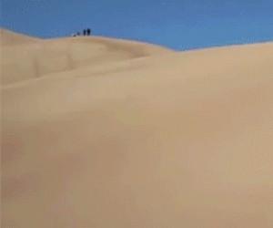 Niebezpieczne zabawy na pustyni