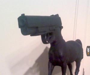 Bronie nie zabijają ludzi, konie zabijają ludzi