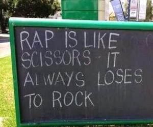 Rock wygrywa!
