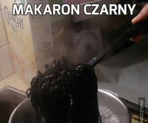 Makaron czarny