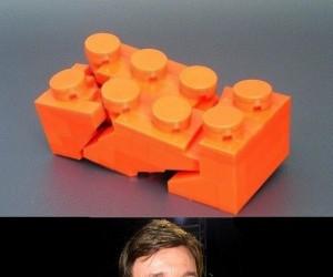 Gdy Chuck Norris nadepnął na klocek Lego