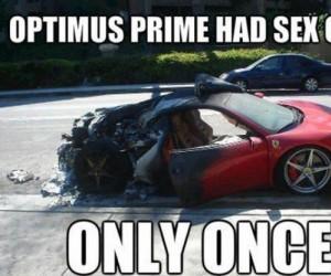 Optimus też musiał chociaż raz to zrobić...
