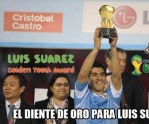 Złoty ząb dla Suareza!