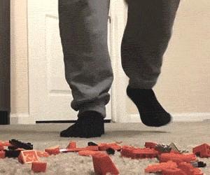 Kolejna ofiara klocków Lego