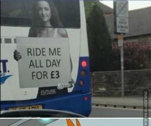 Mogę biec nago cały dzień za tym autobusem!