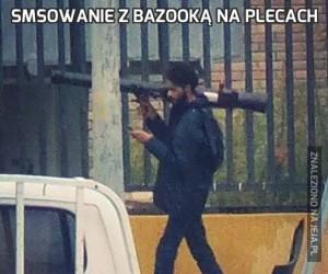 Smsowanie z bazooką na plecach