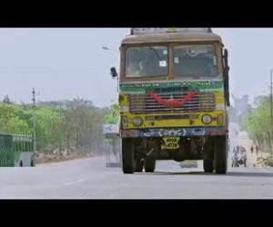 Bollywood robi się coraz bardziej dziwne