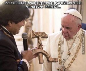 Prezydent Boliwii ofiarował papieżowi nieco niezręczny prezent...
