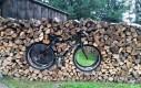 Niepraktyczny stojak na rowery