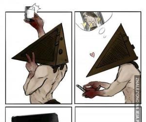 Biedny PiramidHead