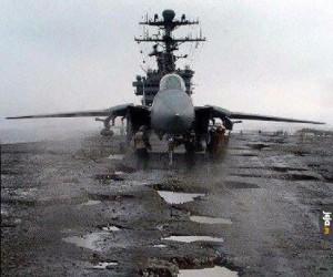 Admirał Kuźniecow i jego pas startowy