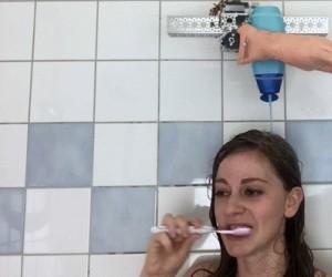 Automatyczny dozownik szamponu