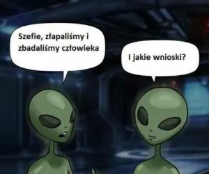 Pochopne wnioski, panie kosmito