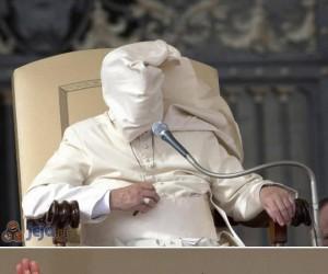 Ci papieże mają ewidentnie problemy z wiatrem