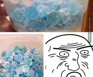 Niebieskie cuksy od nauczyciela chemii