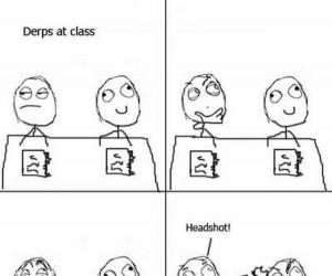 Nuda w szkolnej ławce