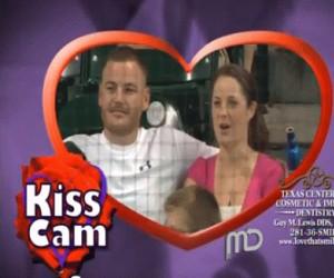 Pocałunek przed kamerą
