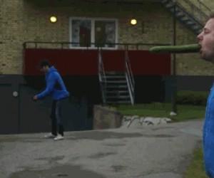 Moc piłeczki do ping-ponga
