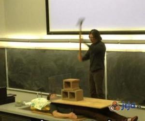 Jak właściwie nauczać fizyki