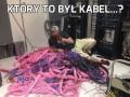 Który to był kabel...?