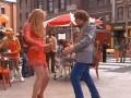 Kiedy próbuje zaimponować dziewczynie tańcem