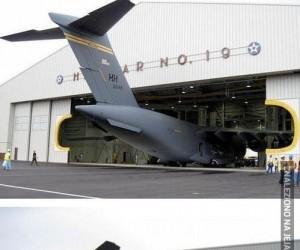 Hangar na wielkie samoloty