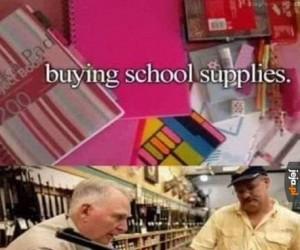 Kupowanie przyrządów szkolnych