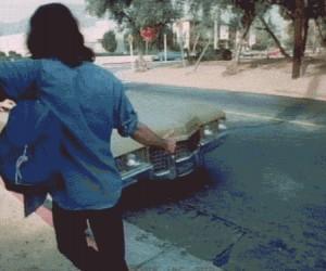 Dziwna reakcja na autostopowicza