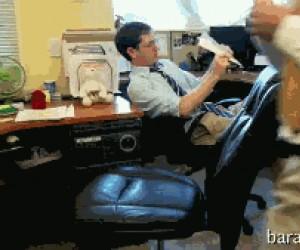Pułapka z krzesłem
