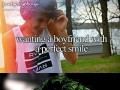 Chłopak z idealnym uśmiechem