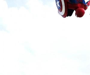 """Lądowanie """"na superbohatera"""""""