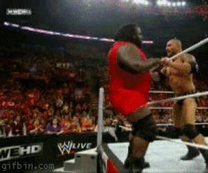 Ależ oczywiście, że wrestling nie jest udawany...