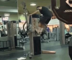Kiedy pierwszy raz ćwiczysz na siłowni