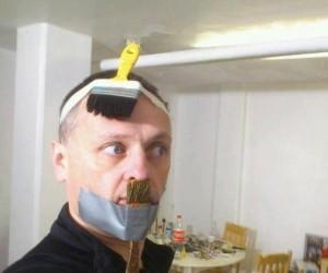 Tani cosplay Hitlera