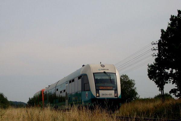 SA134-001+SA106 suną w kierunku Grudziądza