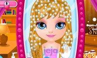 Zimowa fryzurka małej Barbie