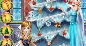 Elsa i Anna stroją choinkę