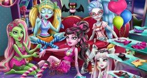 Piżama party Monsterek