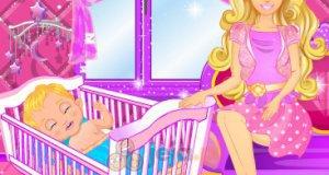 Barbie karmi piersią
