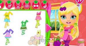 Baby Barbie i truskawkowe kostiumy