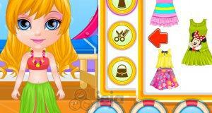 Mała Barbie na letnim rejsie