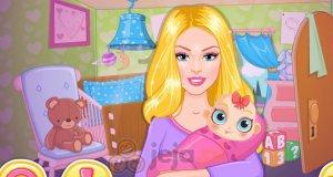Barbie przygotowuje pokój dla maluszka