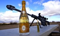 Jak otworzyć szampana snajperką