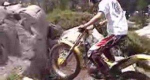 Ekstremalny trial motorem