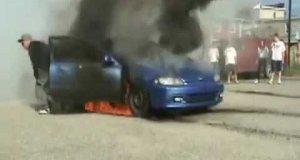 Palił i prawie spalił