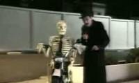 Ukryta kamera - Żywy szkielet