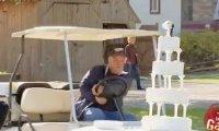 Ukryta Kamera - Wózek golfowy vs tort weselny