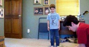 Chłopczyk zarabia 57 dolarów w jednej sekundzie