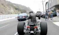 Motocykl z silnikiem samochodowym
