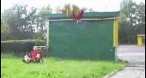 Upadki skaczących